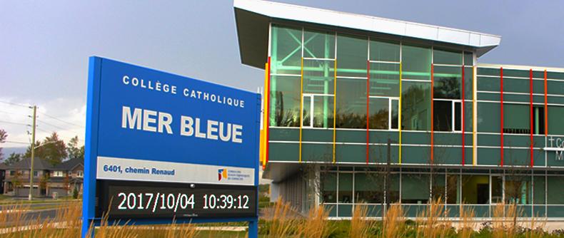 UTG's LED Sign at Collège cathliq Mer Bleue in Orleans