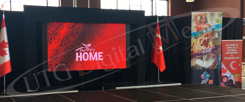 UTG's LED rental screen at the horticultural building in Ottawa