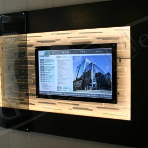 240 Laurier – 43″ Digital Directory