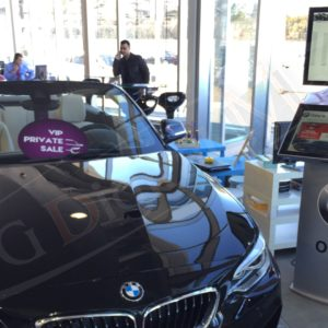 BMW – 32″ Dual Touch Screen