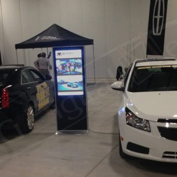 Myers Auto – LCD Stand Up Display