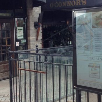 O'Connor's – Outdoor LCD Box