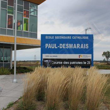 École Secondaire Catholique Paul-Desmarais – Outdoor Pylon