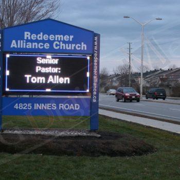 Redeemer – Outdoor LED Pylon