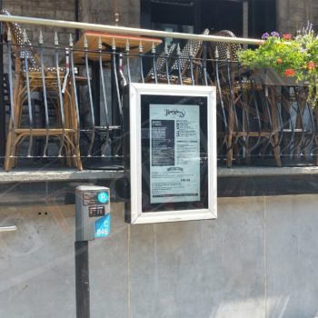Thursday's Montreal – Outdoor Digital Box