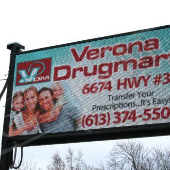 Verona Drugstore – LED Pylon