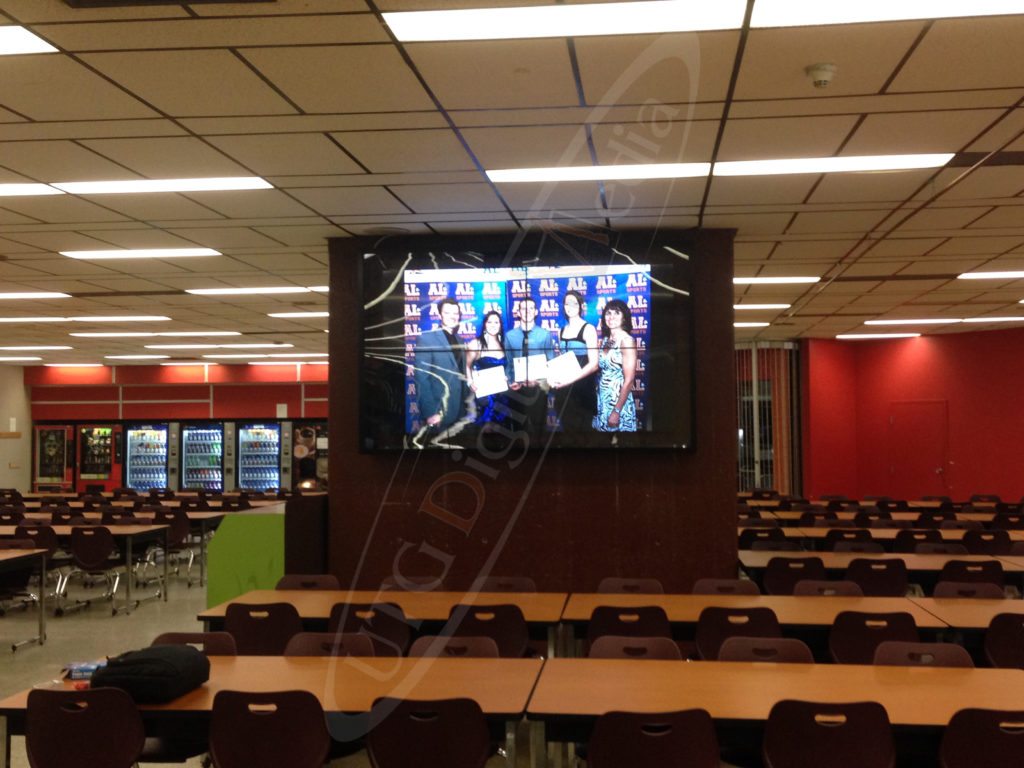 A UTG Video Wall at Cégep André Laurendeau