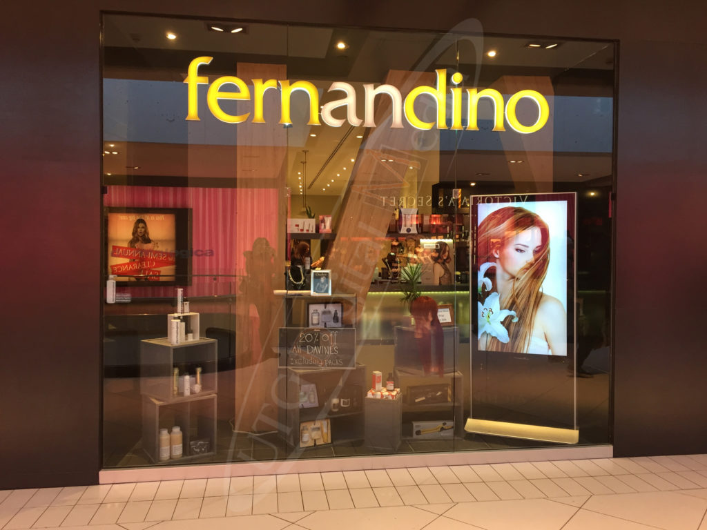 Fernandino – Indoor LCD Standup Screen
