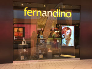 A picture of UTG's LCD Standup Screen in Fernandino's