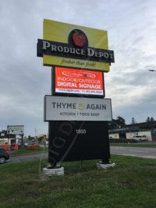 A UTG Outdoor LED Pylon sign at Produce Depot
