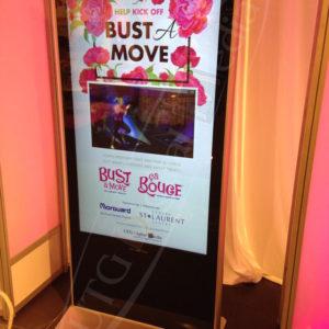 St-Laurent Mall – LCD Standup Screen