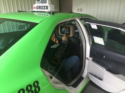Green Taxi – Head Rest Touch Screen