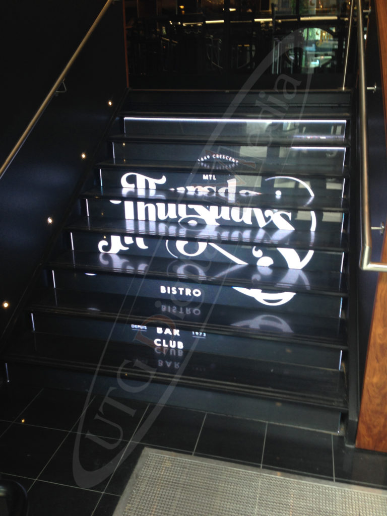 LED Staircase Thursday's Bistro in Montreal – Indoor LCD Standup Screen