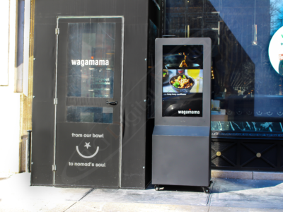 UTG Installs The First of its Kind Outdoor Battery Powered Digital Display in New York City