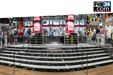 UTG Digital Media Installs One of a Kind Led Stairs and Ticker at the CF Toronto Eaton Centre